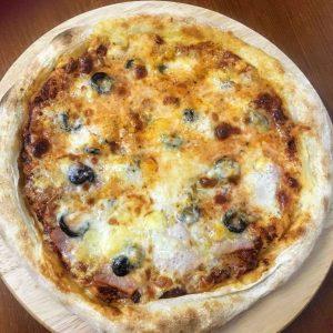 pizza in hue
